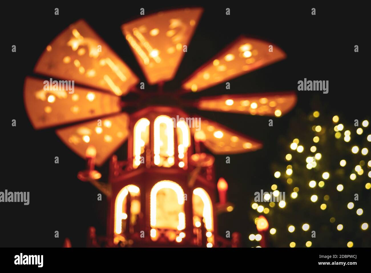 Blurry christmas market lights background, taken at Weimar christmas market, Thuringia, eastern Germany. Stock Photo