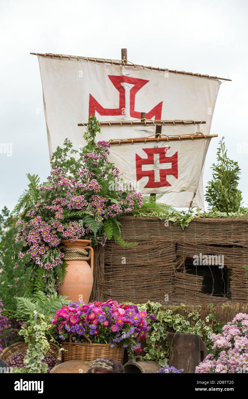 FUNCHAL, MADEIRA, PORTUGAL - SEPTEMBER 4, 2016: Decorations with flowers during Madeira Wine Festival - Historical and Ethnographic parade in Funchal Stock Photo
