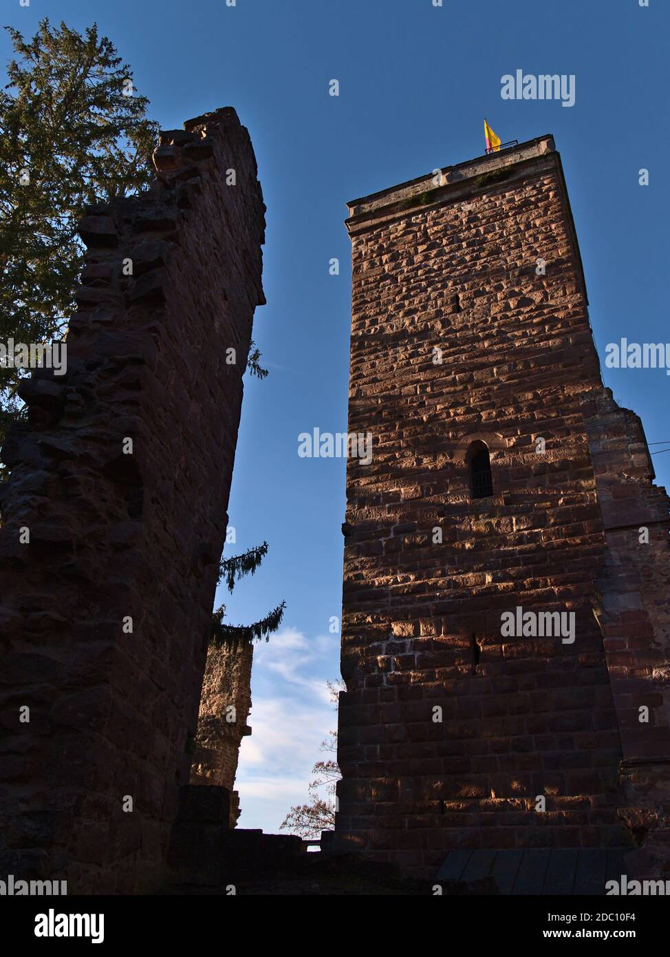 Reconstructed bergfried tower of ruined castle Burg Zavelstein, today accessible as observation tower, above Teinach valley in Black Forest. Stock Photo