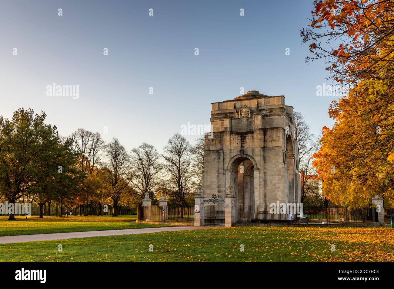 The Arch of Remembrance, a First World War memorial designed by Sir Edwin Lutyens and located in Victoria Park Leicester Stock Photo