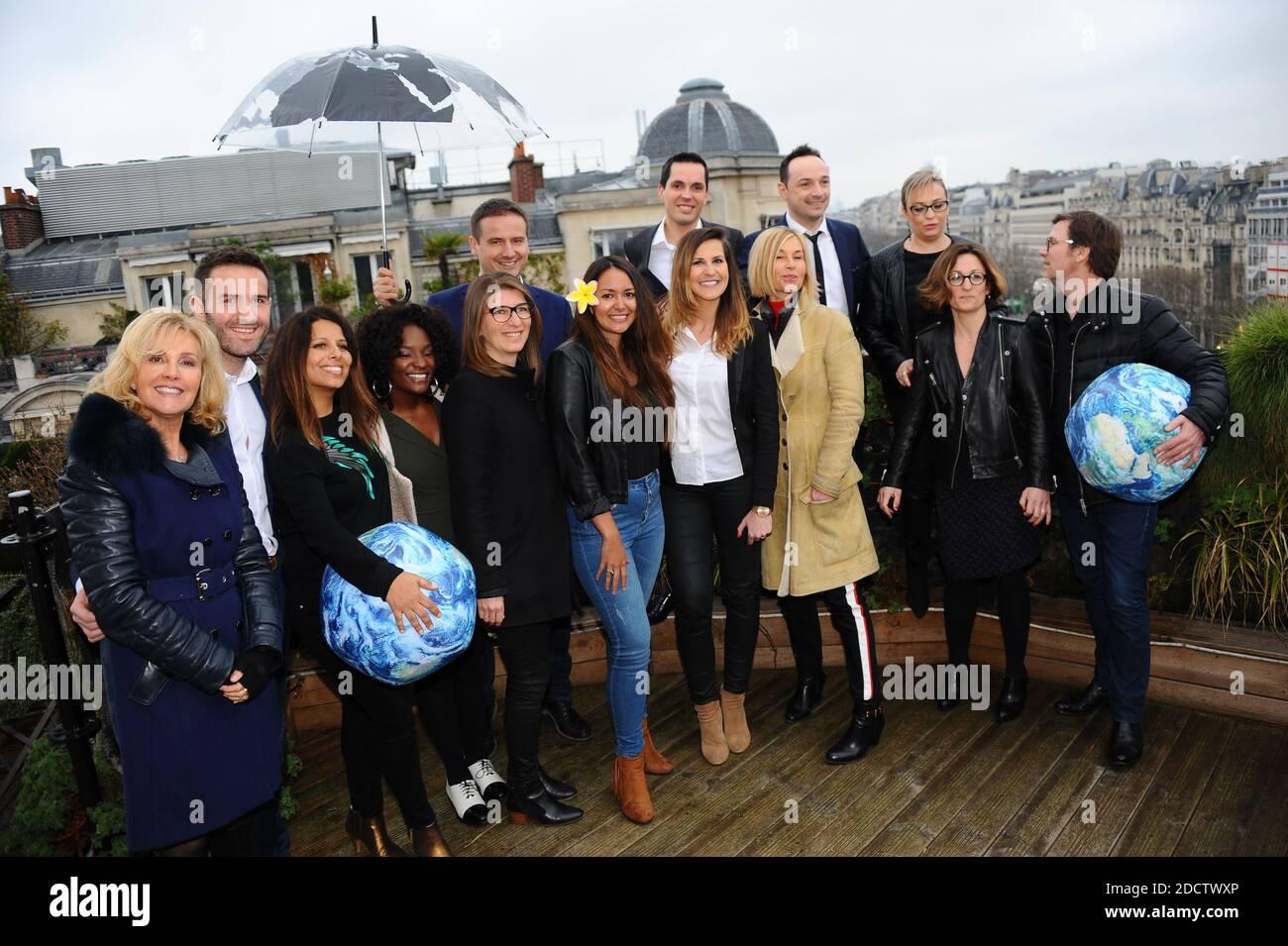 lors de la Journee meteorologique mondiale, a Paris, France, le 23 mars 2018. Les presentateurs meteo ont lance une campagne de sensibilisation citoyenne sur les reseaux sociaux FIMC2018 et ont donne rendez vous au grand public au Forum International de la Meteo et du Climat du 2 au 5 juin prochain sur le Parvis de l'Hôtel de Ville a Paris. Photo Xavier Derussit/ABACAPRESS.COM Stock Photo