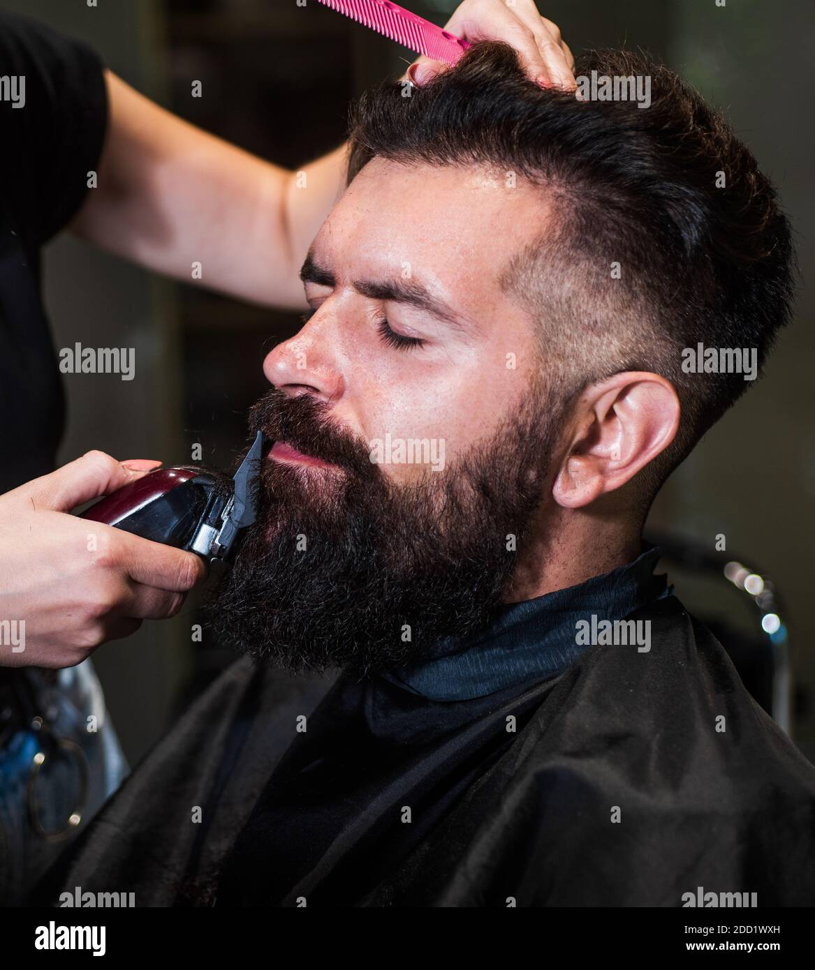 Men Trendy Hair Cut High Resolution Stock Photography And Images Alamy
