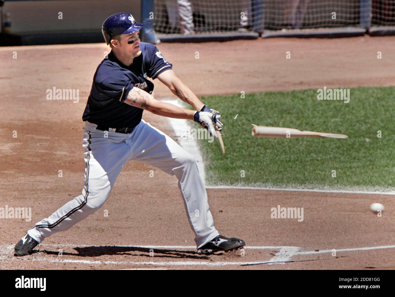 The Milwaukee Brewers' Corey Hart brings in the Brewers first run of the game with this broken bat single against the Houston Astros in the first inning. The Brewers defeated the Astros, 10-1, at Miller Park in Milwaukee, WI, USA on June 1, 2008. Photo by MaryJo Walicki/Milwaukee Journal Sentinel/MCT/Cameleon/ABACAPRESS.COM Stock Photo