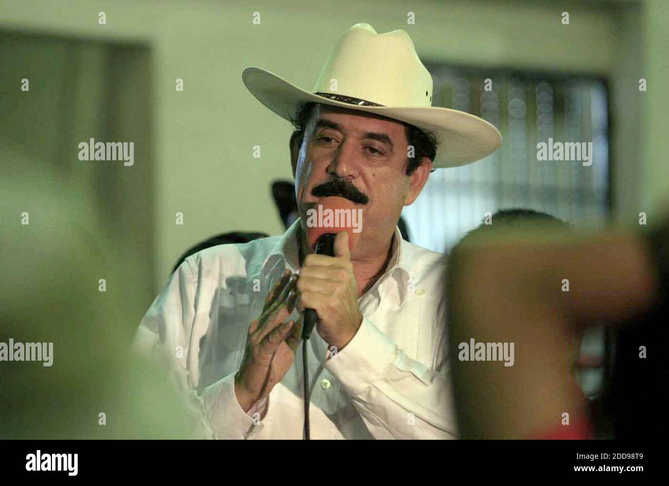 NO FILM, NO VIDEO, NO TV, NO DOCUMENTARY - Ousted President Manuel Zelaya speaks to his supporters during a visit at El Polideportivo sports center in the town of Ocotal in Nicaragua, on July 27, 2009. Photo by Pedro Portal/El Nuevo Herald/MCT/ABACAPRESS.COM Stock Photo