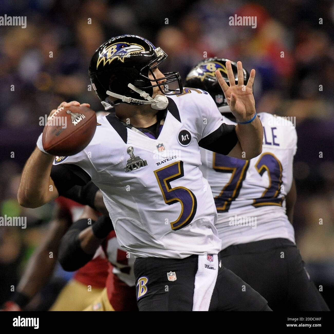 NO FILM, NO VIDEO, NO TV, NO DOCUMENTARY - Baltimore Ravens' Joe Flacco throws a long pass to Dennis Pitta during 2nd-quarter action in Super Bowl XLVII at the Mercedes-Benz Superdome in New Orleans, Louisiana, USA, Sunday, February 3, 2013. Photo by Gene Sweeney Jr./Baltimore Sun/MCT/ABACAPRESS.COM Stock Photo