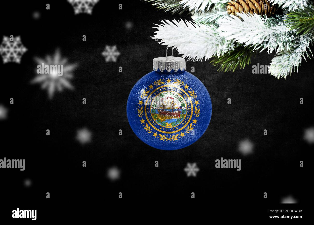 Christmas In New Hampshire 2021 Christmas Golden Decoration Gold Star High Resolution Stock Photography And Images Page 9 Alamy