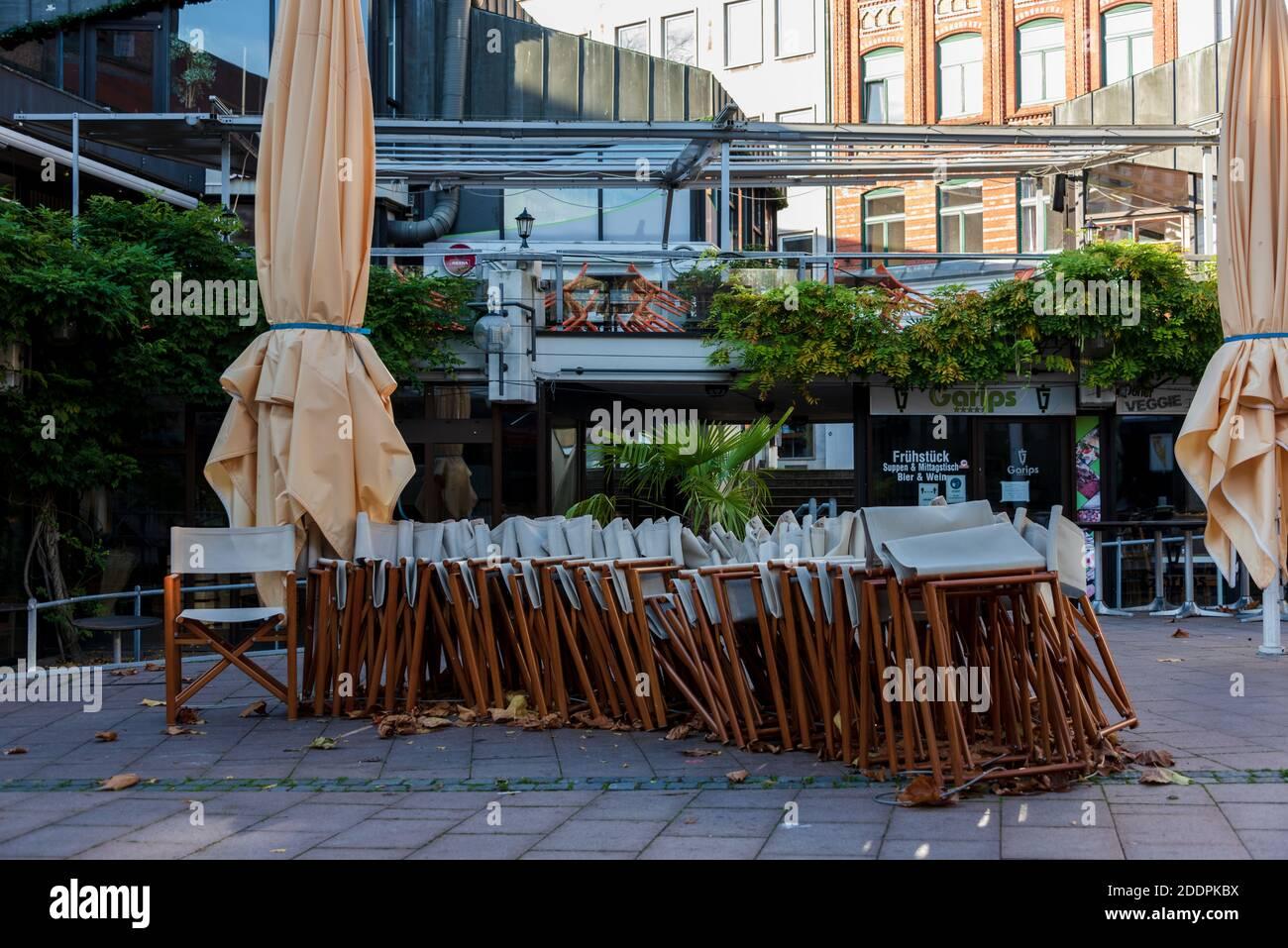 Der Alte Markt in Kiel ein gastronomischer Hotspot, während des Corona-Lockdowns menschenleer Stock Photo