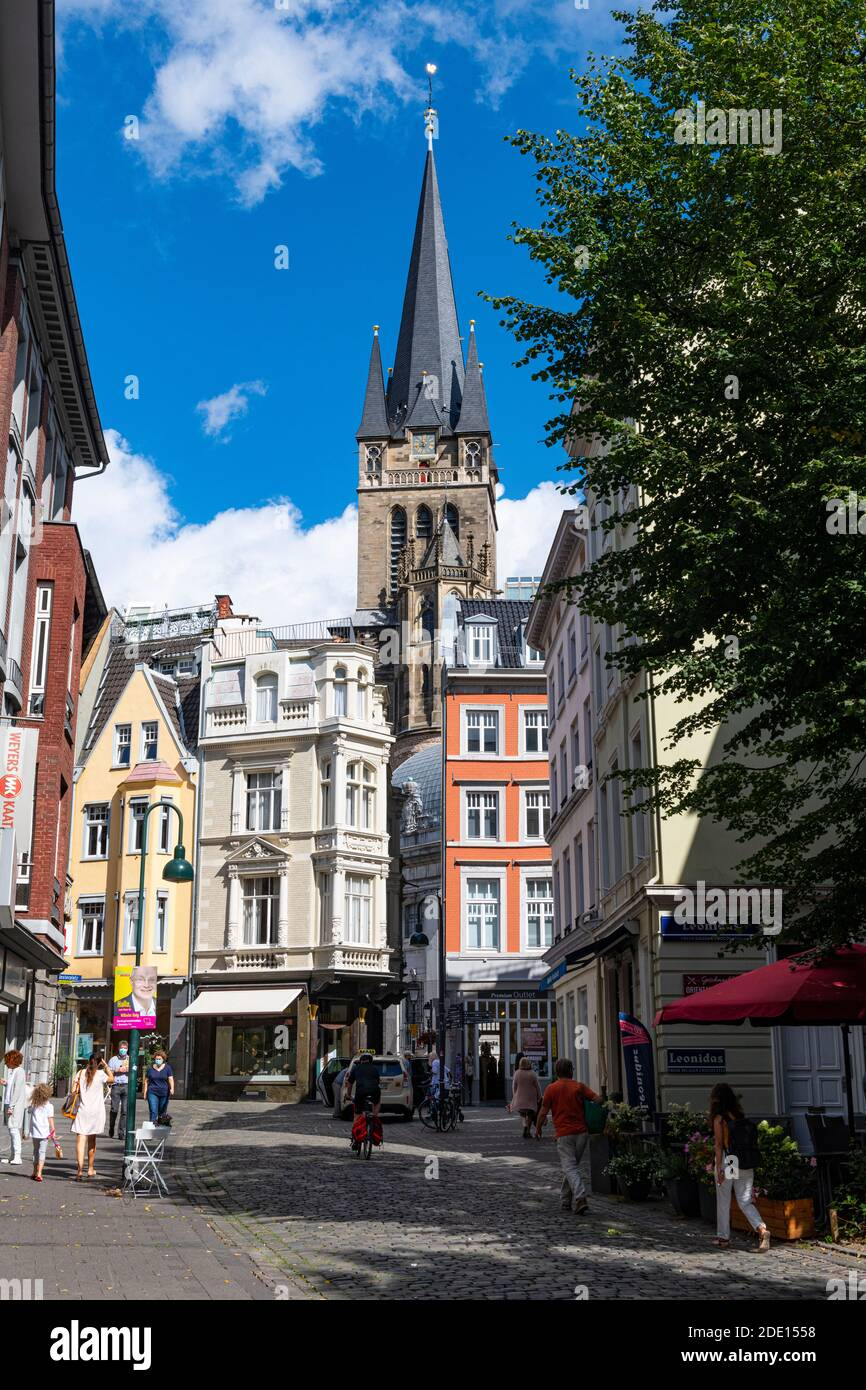 Pedestrian zone in front of Aachen Cathedral, UNESCO World Heritage Site, Aachen, North Rhine-Westphalia, Germany, Europe Stock Photo