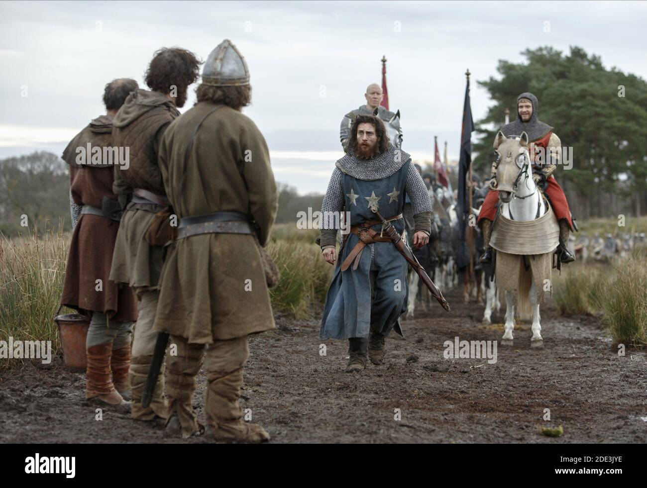 TAYLOR-JOHNSON,SPRUELL,HOWLE, OUTLAW KING, 2018 © NETFLIX Stock Photo