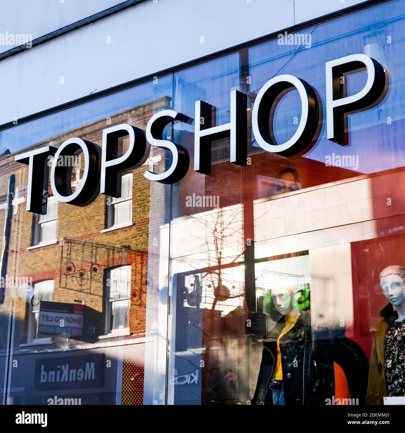 London UK, December 01 2020, TopShop Part Of The Arcadia Group Business Failure Sign And Shop Front Closeup Stock Photo