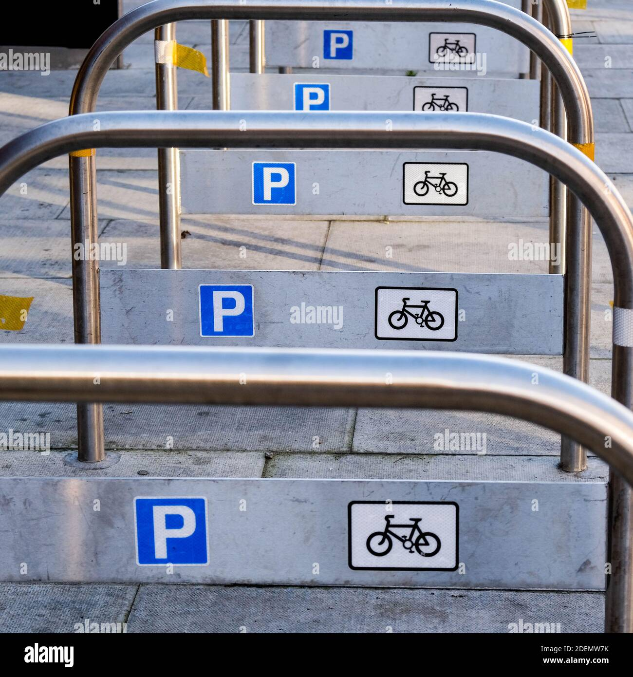 London UK, December 01 2020, Parking Racks for Bicycle Parking Empty During COVID-19 Lockdown Stock Photo