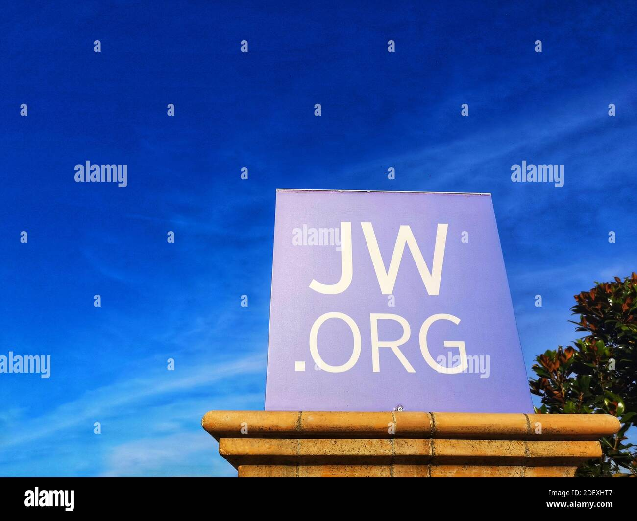 Jw Logo High Resolution Stock Photography And Images Alamy Download the vector logo of the jw.org brand designed by jw.org in adobe® illustrator® format. https www alamy com loreto aprutin italy oct 21 2020 kingdom halls of jehovahs witnesses logo jworg image387818039 html