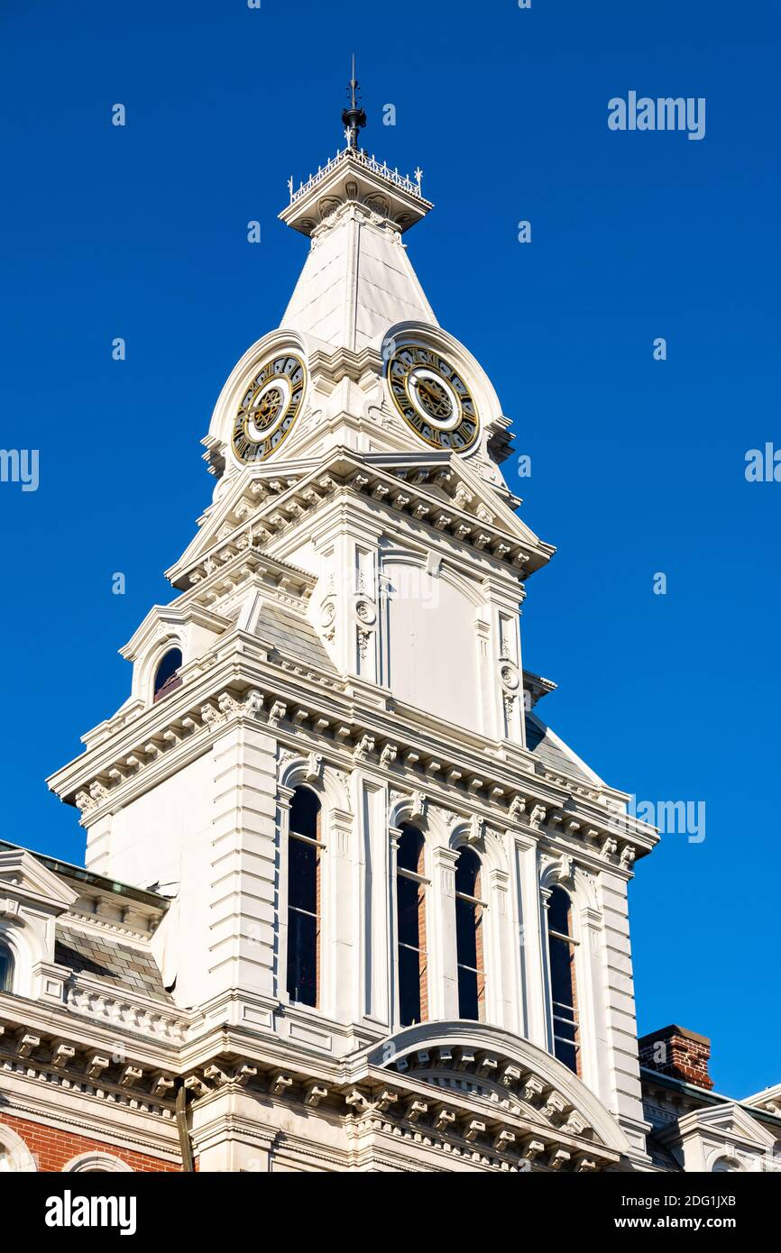 Exterior of the Henry County Courthouse in the morning light.  Cambridge, Illinois USA Stock Photo