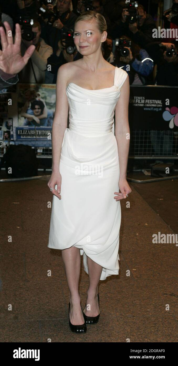 Page 3 Kirsten Dunst Full Length High Resolution Stock Photography And Images Alamy