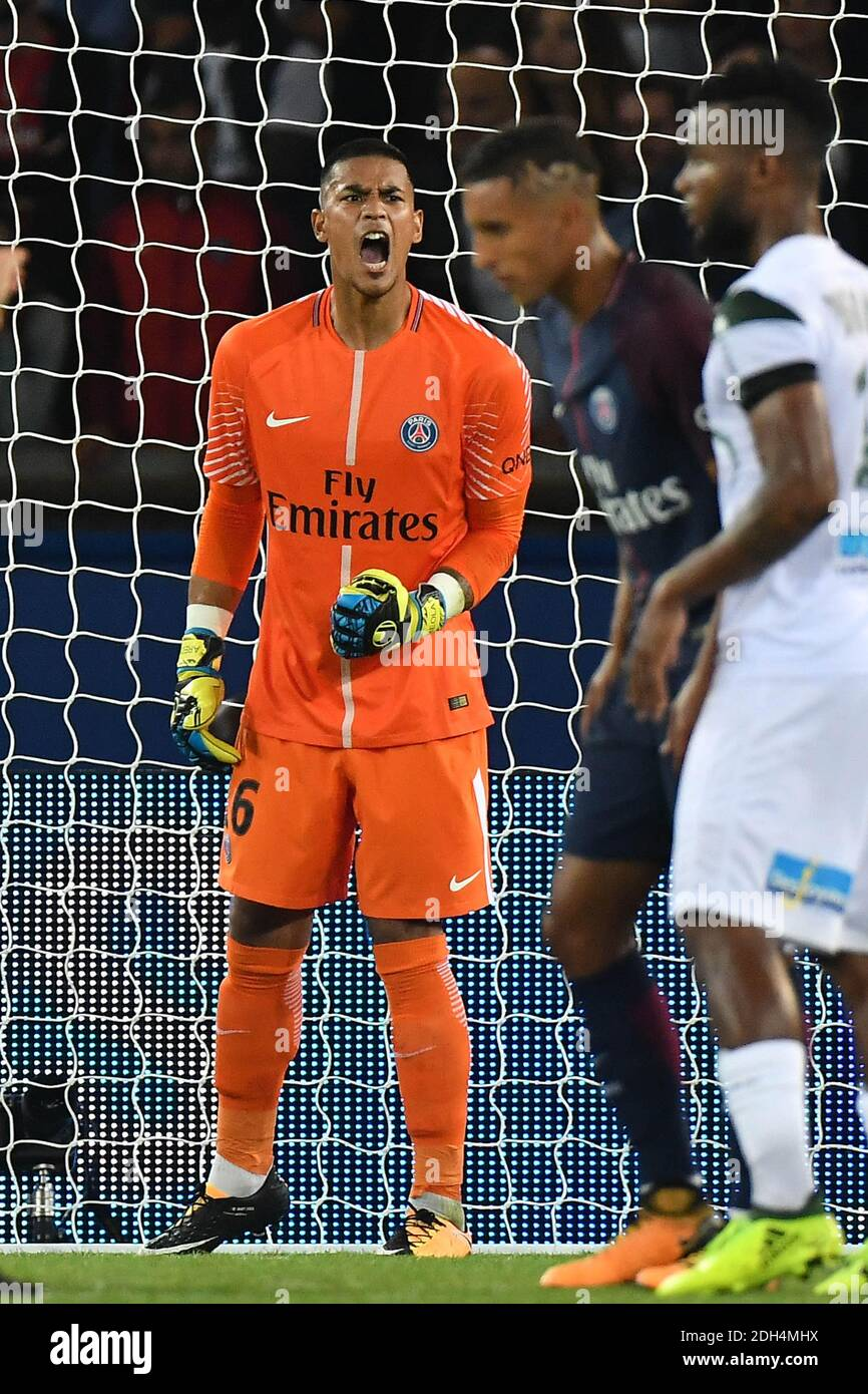 Page 2 - Alphonse Areola High Resolution Stock Photography and ...