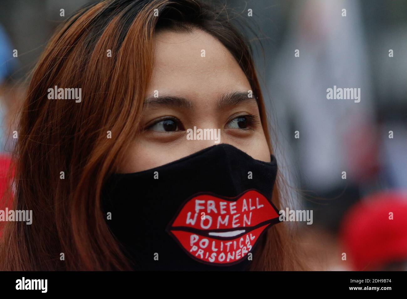 Manila, Philippines. 10th December 2020. Protesters wearing masks and practicing physical distancing hold their placards with different messages during the International Day of Human Rights Rally. The people are calling for the administration of President Rodrigo Duterte to stop the killings and free political prisoners. Credit: Majority World CIC/Alamy Live News Stock Photo