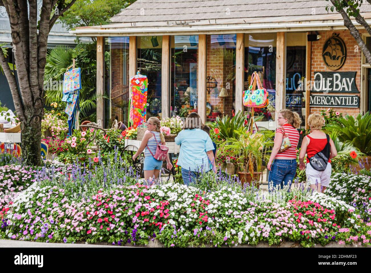 Alabama Shopping Shopper Shoppers Shop Shops High Resolution Stock Photography And Images Alamy