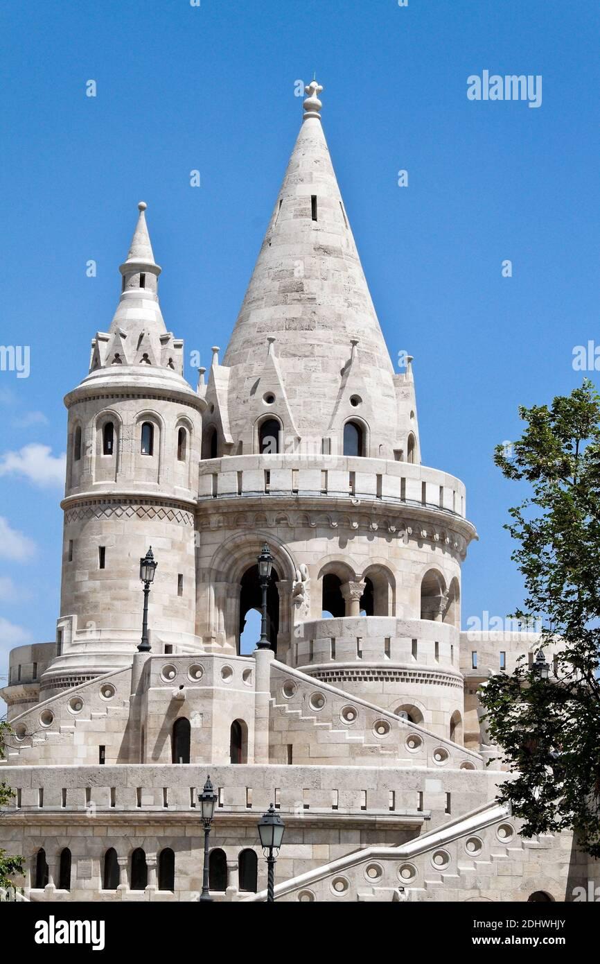 Europa, Ungarn, Budapest, Fischerbastei. Eines der Wahrzeichen der Stadt. Stock Photo