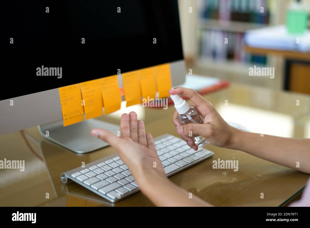 Phone Repair Laptop High Resolution Stock Photography And Images Alamy