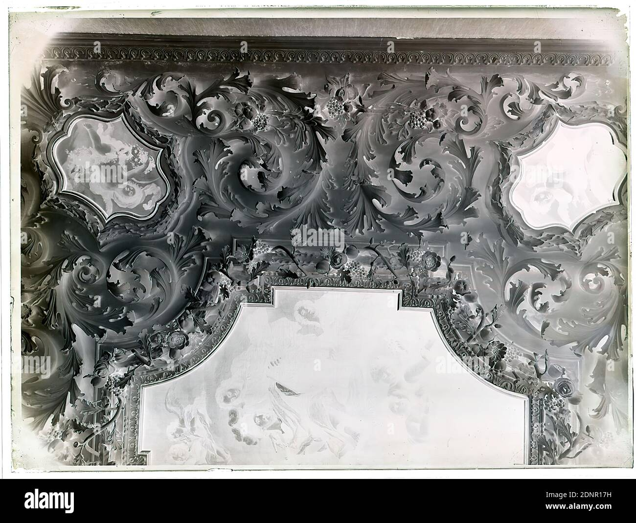 Stucco Ceiling High Resolution Stock Photography And Images Alamy