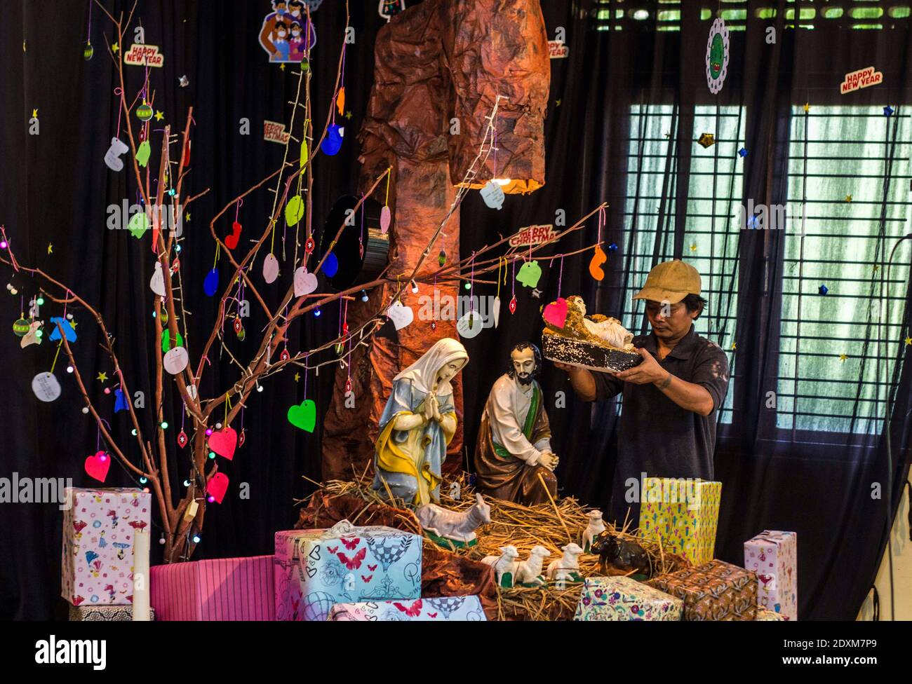 Sleman Yogyakarta Indonesia 24th Dec 2020 Catholics At The Saint Yusuf Chapel In Sleman Yogyakarta Prepare