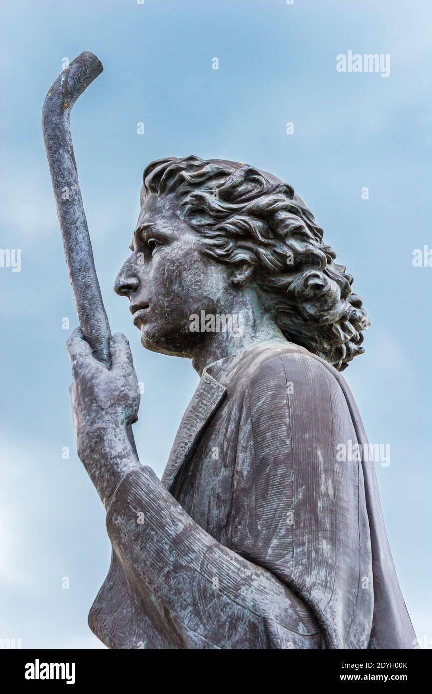 Alabama Dothan Wiregrass Museum of Art, Women of the Wiregrass statue public art memorial artwork, Stock Photo