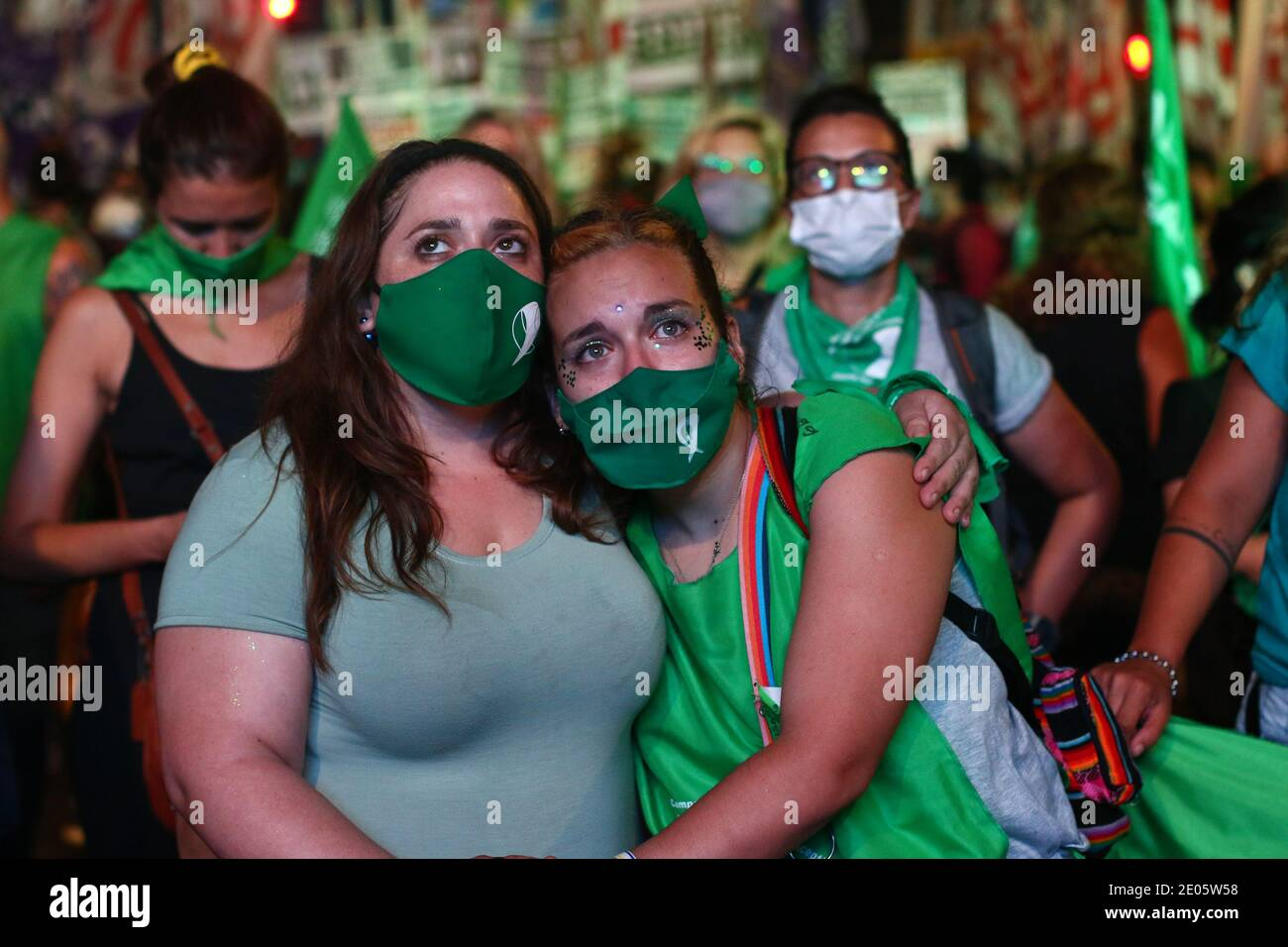 BUENOS AIRES 30.12.2020: Demonstrators  celebrate  approval and enactment of the law of voluntary interruption of pregnancy Buenos Aires, Argentina Stock Photo