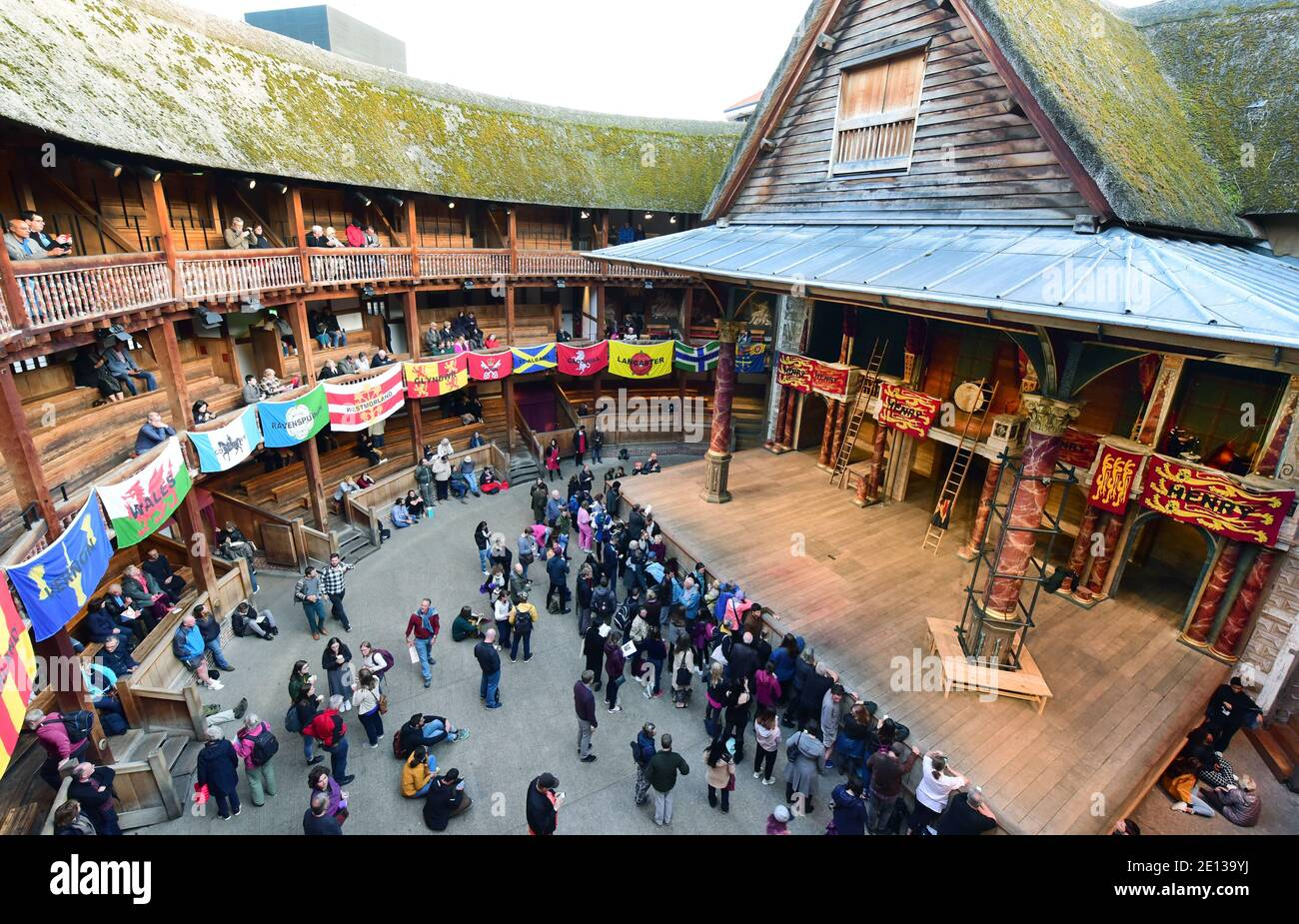 London, UK. 07th Sep, 2019. The entrance to Shakespeare's Globe Theatre. The performances take place in the open air. Credit: Waltraud Grubitzsch/dpa-Zentralbild/ZB/dpa/Alamy Live News Stock Photo