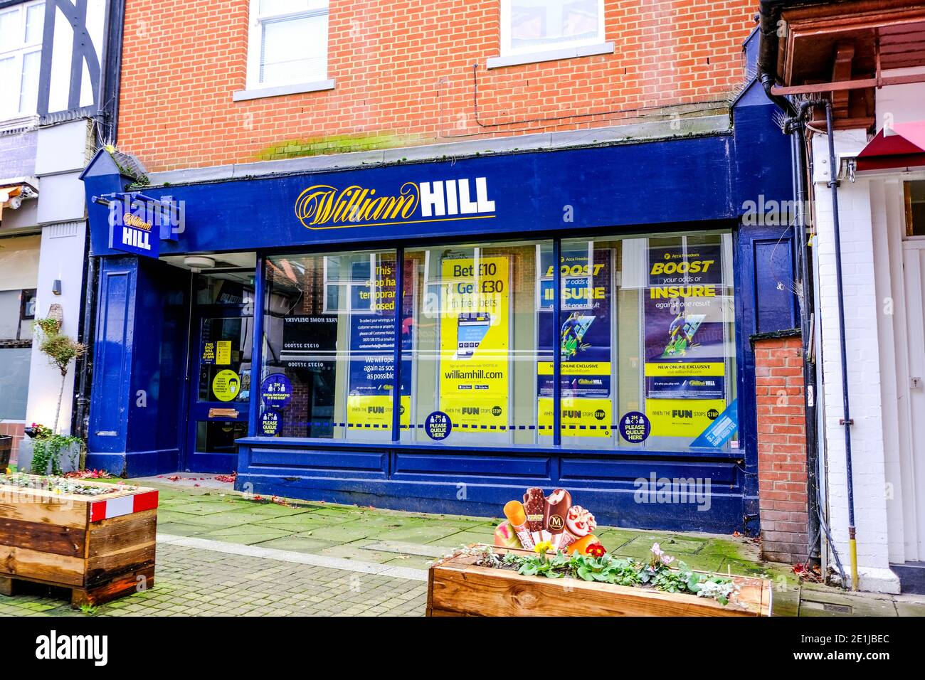 In running betting shops in leatherhead are binary options legal