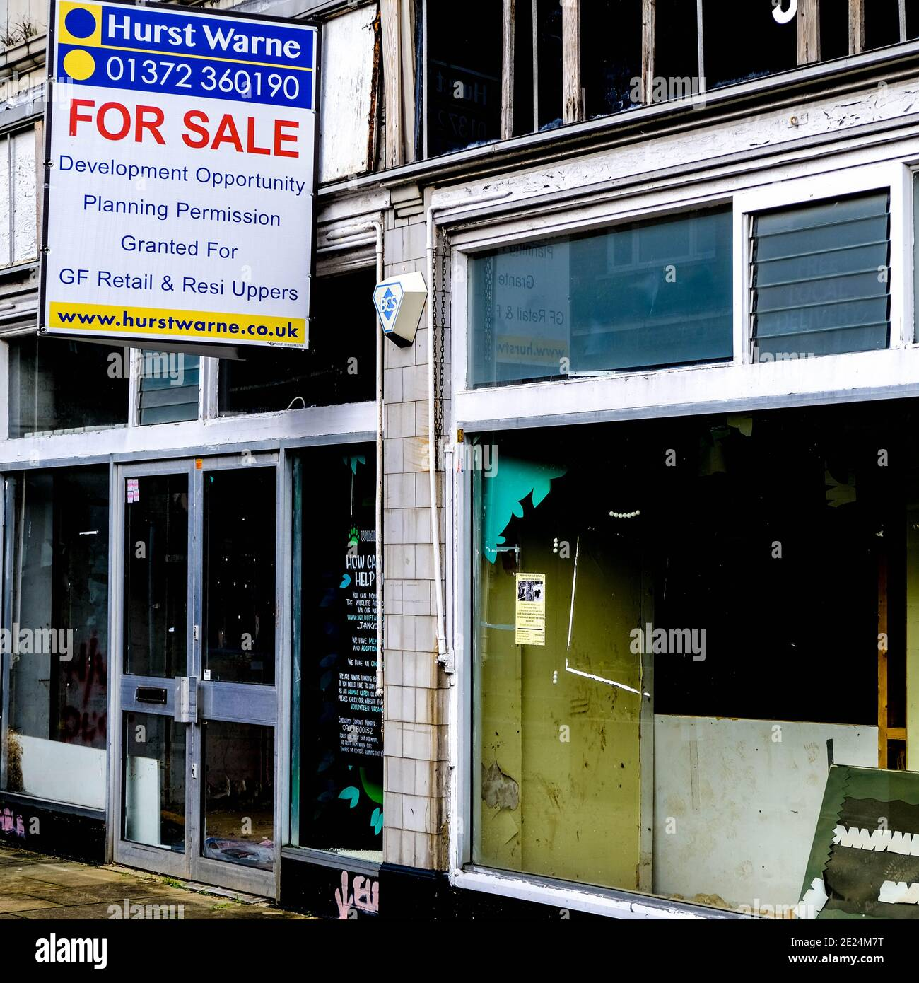 London UK, January 07 2021, Empty Shop Front for Sale Due To Business Failures During Covid-19 Pandemic Lockdown Stock Photo