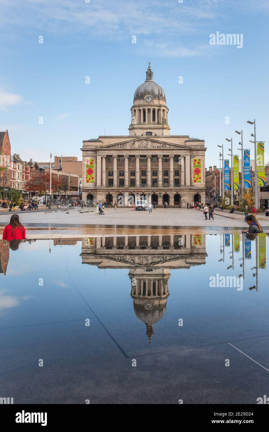 The imposing Nottingham Council House stands high above Nottingham's city centre acting as a backdrop to Nottingham's Old Market Square. Stock Photo