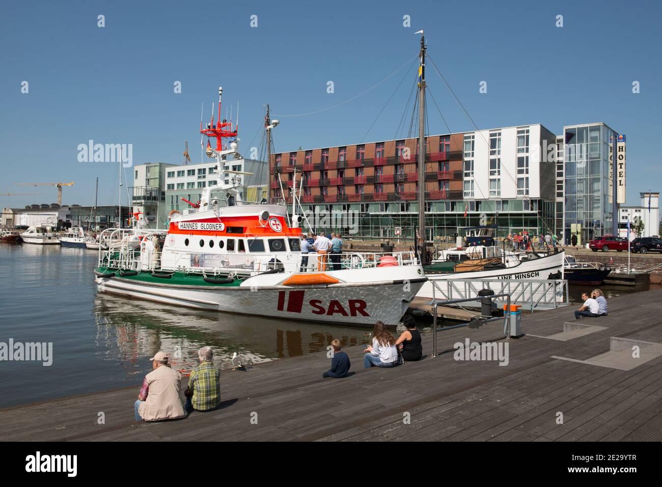 Germany, Bremerhaven: Hannes Glogner rescue cruiser, Line Hinsch museum ship in the Schaufenster Fischereihafen, the old Bremerhaven fishing harbour. Stock Photo