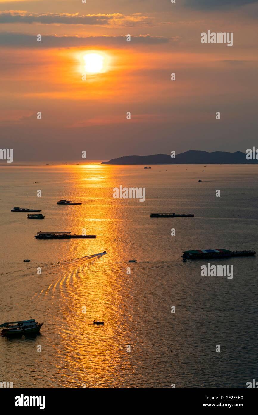 Sunset over the sea at Pattaya, Chon Buri, Thailand Stock Photo
