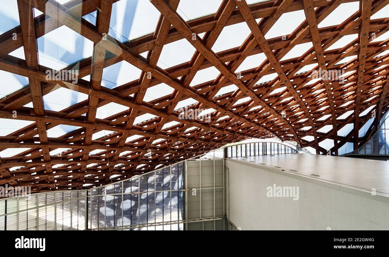 France, Metz city, wooden roof framing in The Center Pompidou-Metz is a public institution of cultural art cooperation, of styles: Modern Architecture Stock Photo