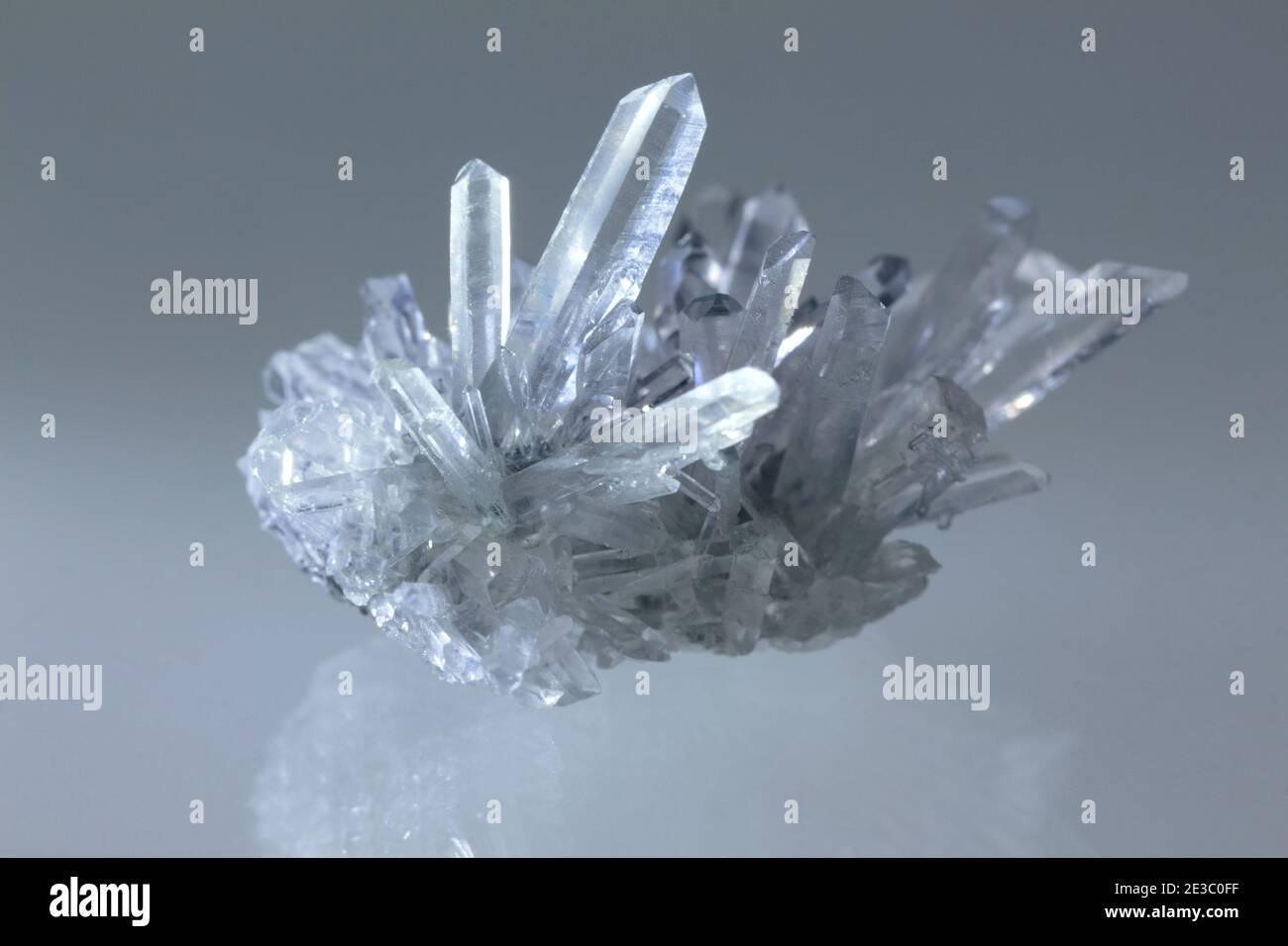 H.D style Quartz Crystal