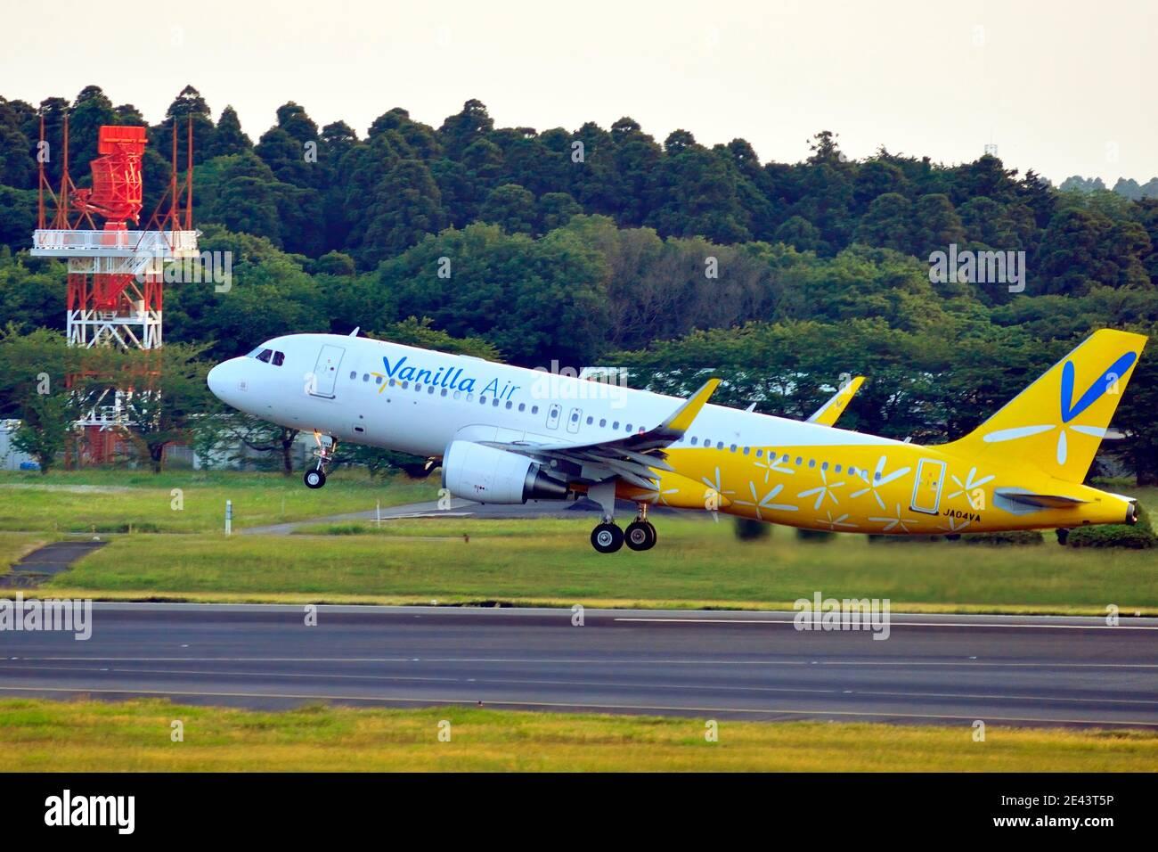 Vanilla Air, Airbus, A320, JA04VA, Take Off, Narita Airport, Chiba, Japan Stock Photo