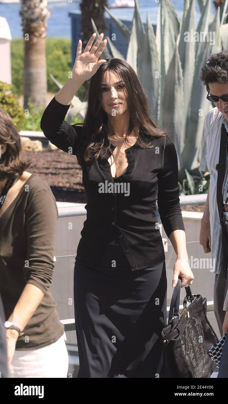 Monica Bellucci attends the 'Ne te retourne pas' Photocall held at the Palais Des Festival during the 62nd International Cannes Film Festival in Cannes, France on May 16, 2009. Photo by Nebinger-Orban/ABACAPRESS.COM Stock Photo