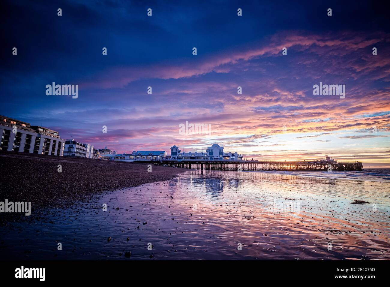 Sunrise at South parade pier in Southsea, Portsmouth Stock Photo