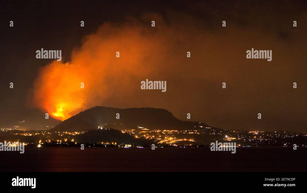 Forest Fire Smoke Vancouver High Resolution Stock Photography And Images Alamy