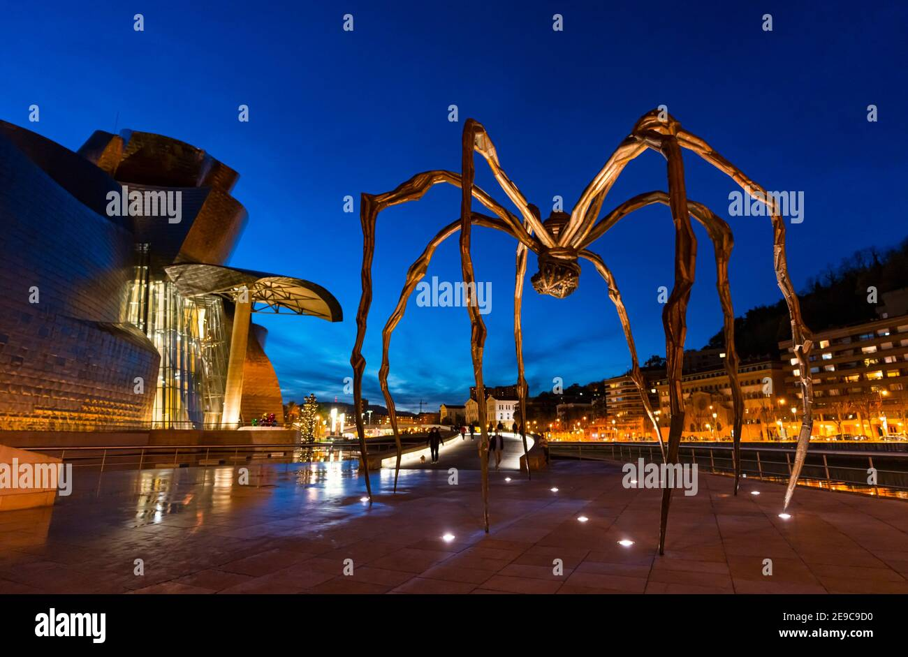 "Sculpture """"Mama"""" in the Guggenheim Museum in Bilbao, Bizkaia, Basque Country, Spain, Europe. Stock Photo"
