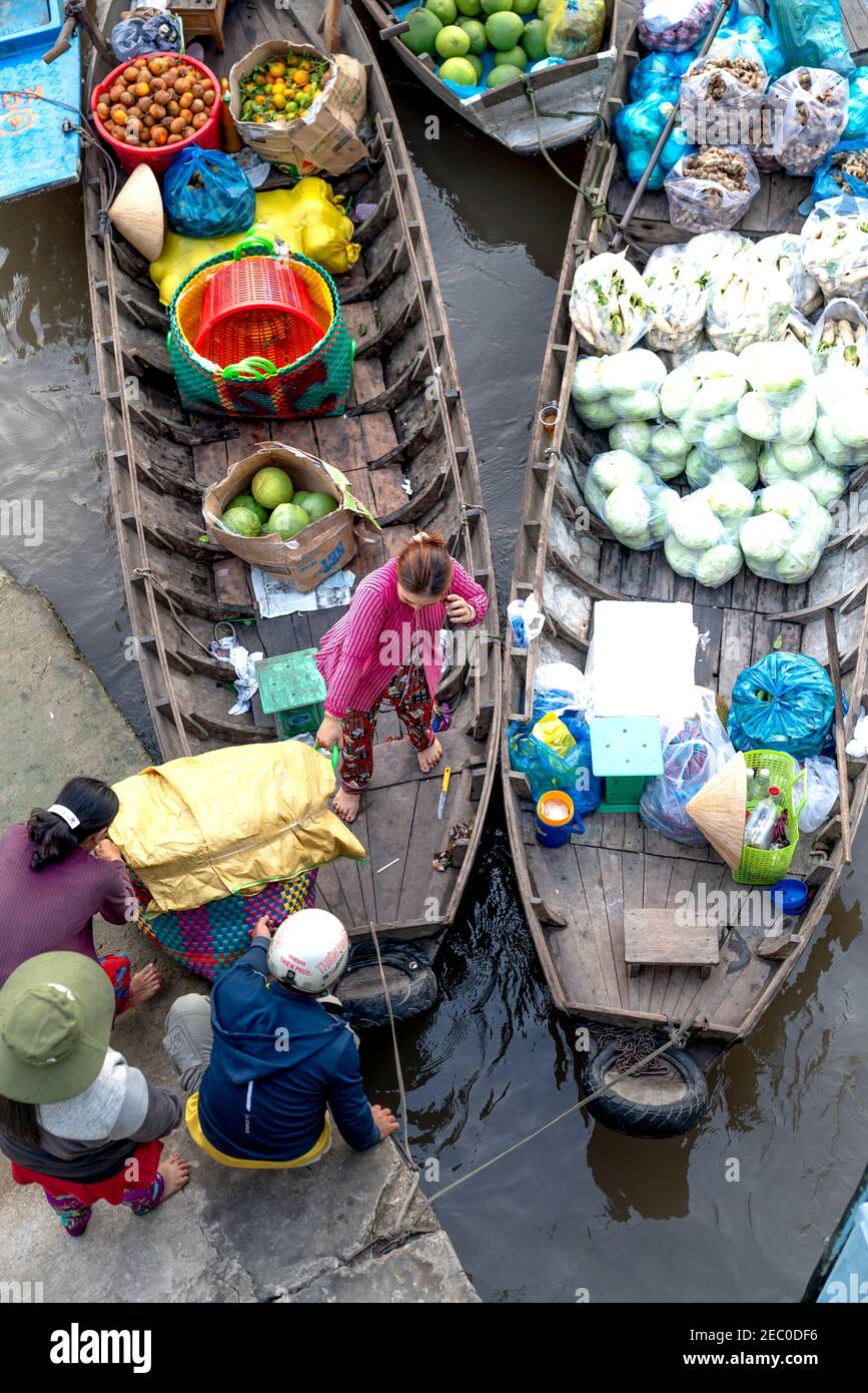 Phong Dien Floating Market, Can Tho City, Viet Nam - February 7, 2021: Phong Dien Floating Market is one of the oldest floating markets in the West in Stock Photo