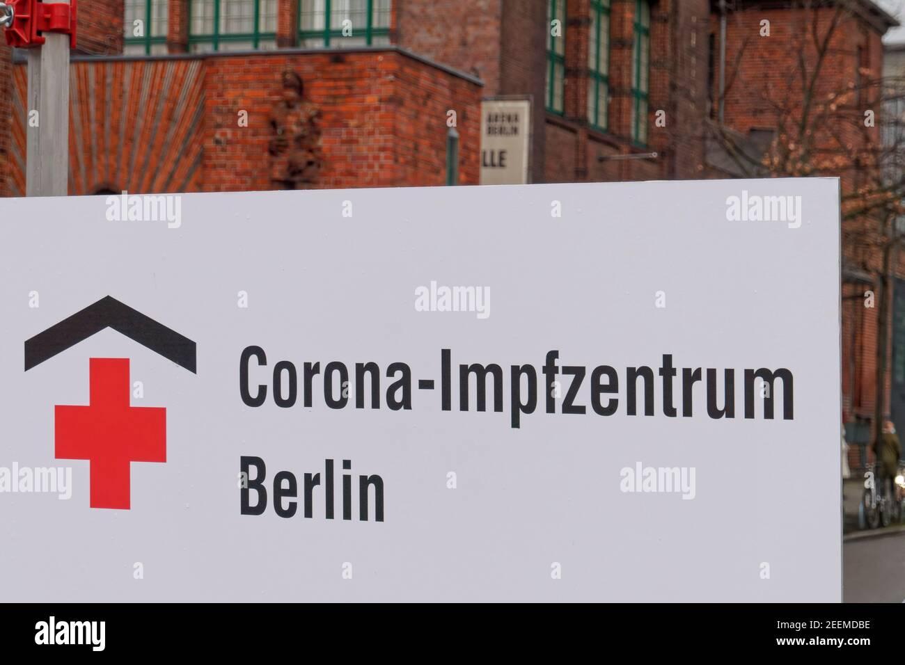 Corona Impfzentrum Arena Treptow, Berlin .  Corona-Impfzentrum / Corona, Covid-19, Covid19, Coronakrise, Coronavirus, Corona-Virus, Corona-Krise, Impf Stock Photo