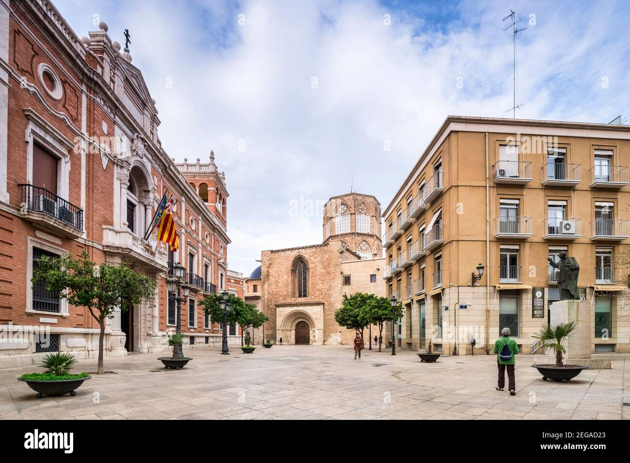 3 March 2020: Valencia, Spain - View along Carrer de Palau towards Valencia Cathedral, with the offices of the Archdiocese of Valencia on the left. Stock Photo