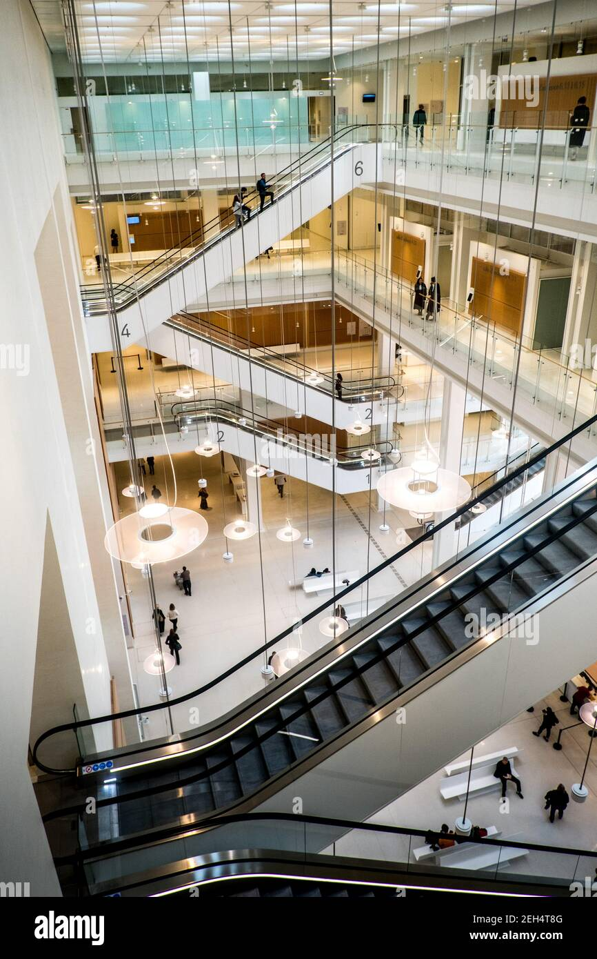 Michael Bunel / Le Pictorium -  High Court of Paris -  15/06/2018  -  France / Ile-de-France (region) / Paris  -  The new Palais de Justice in the heart of the Batignolles district was designed by architect Renzo Piano. 16 May 2018. May 16, 2018. France. Stock Photo