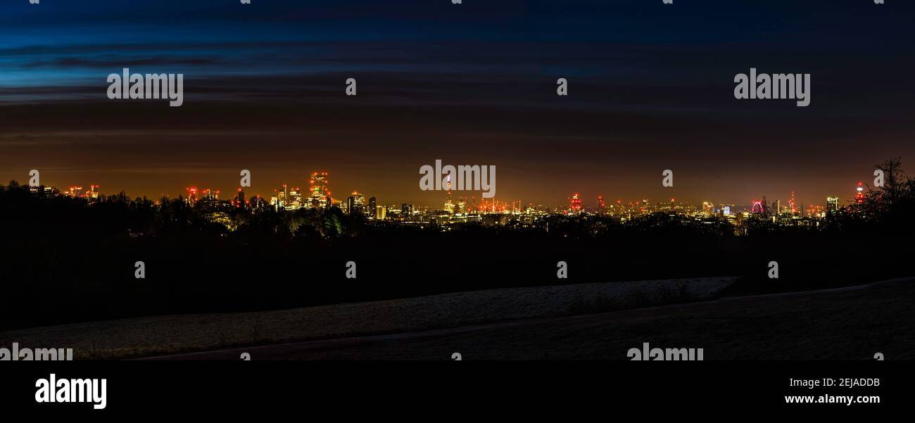 Panoramic view at dawn over the London skyline from Hampstead Heath, London, UK Stock Photo