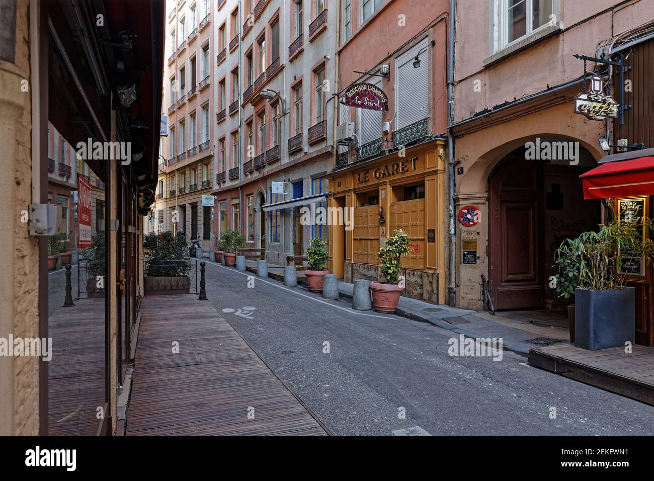 LYON, FRANCE, February 19, 2021 : Following the restrictions, a majority of bars and restaurants have to close their doors in France. A lot could defi Stock Photo