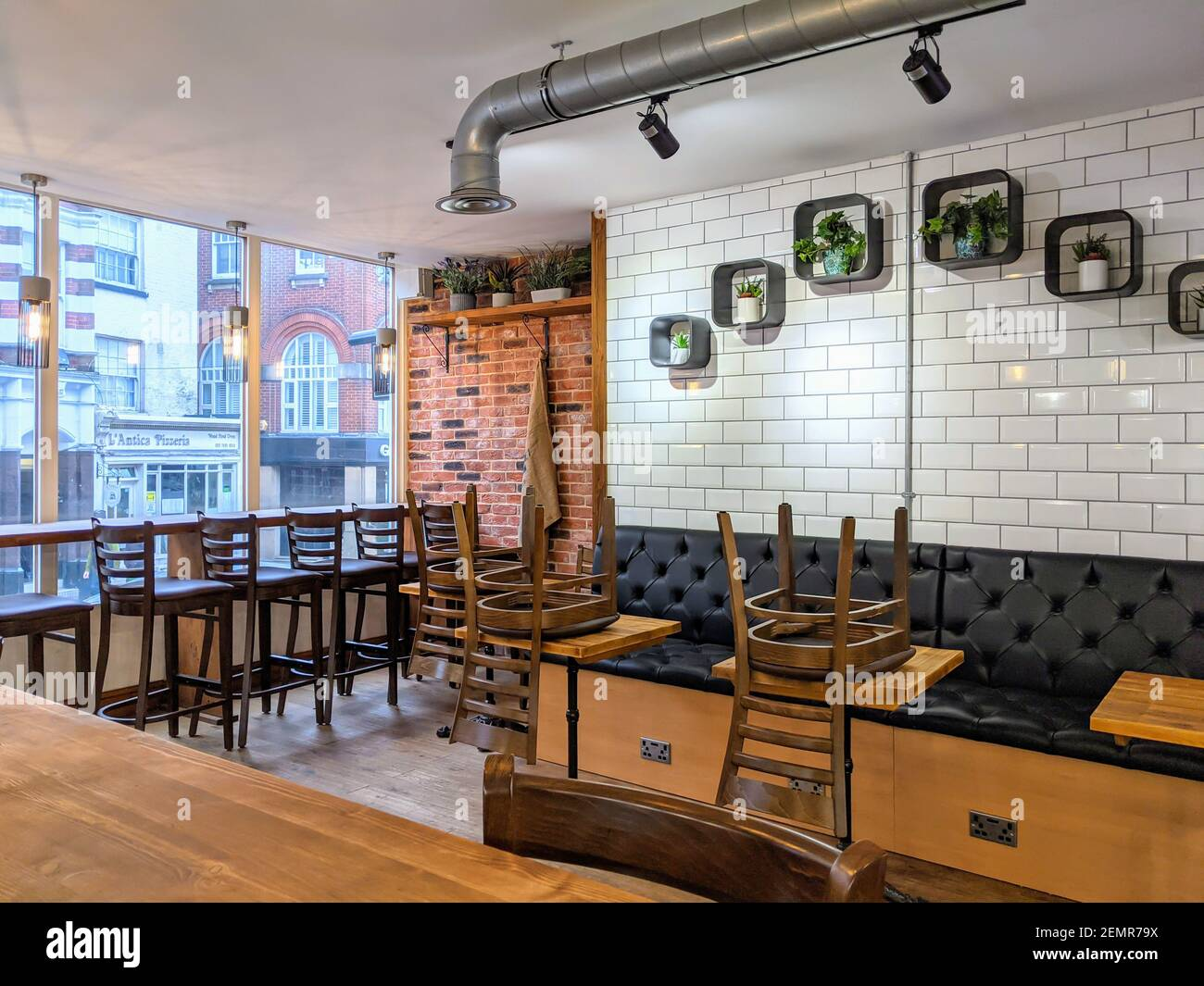 Exposed Brick Interior High Resolution Stock Photography And Images Alamy