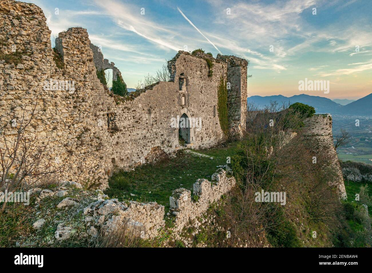 The ruins of the Cantelmi castle in the medieval town of Alvito. Alvito, province of Frosinone, Lazio, Italy, Europe Stock Photo