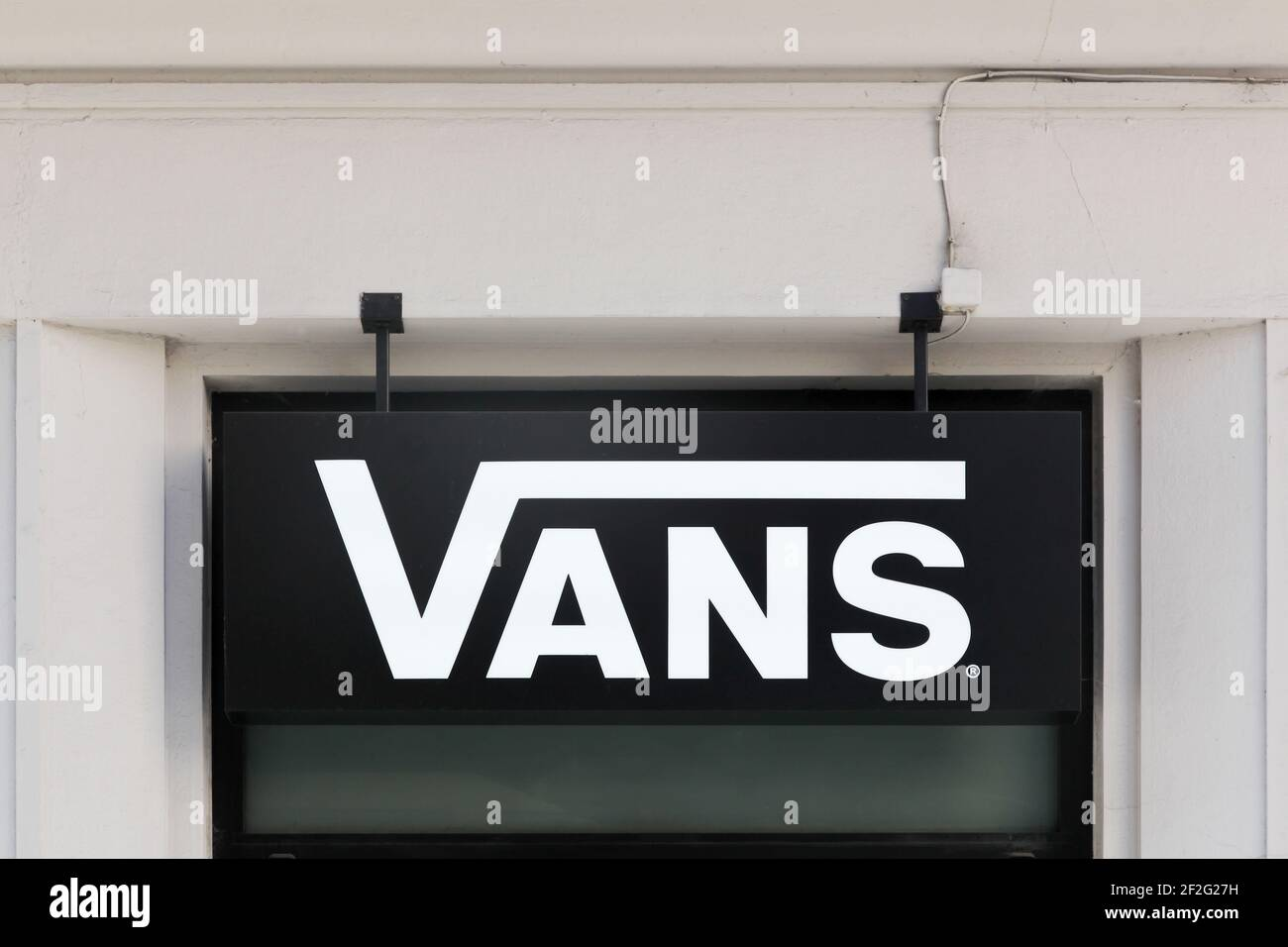Page 3 - Vans Shoes High Resolution Stock Photography and Images ...