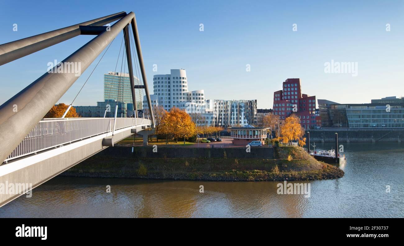 Blick auf den Medienhafen in Düsseldorf Stock Photo